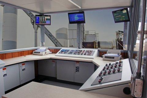Control Consoles 4
